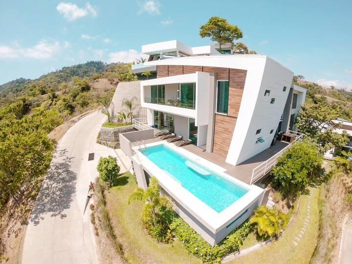 Contemporary Villa ★ Bachelor Group ★Ocean Premier