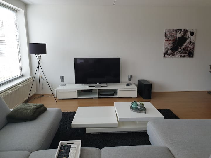 Spacious appartment (86m2) close to city centre