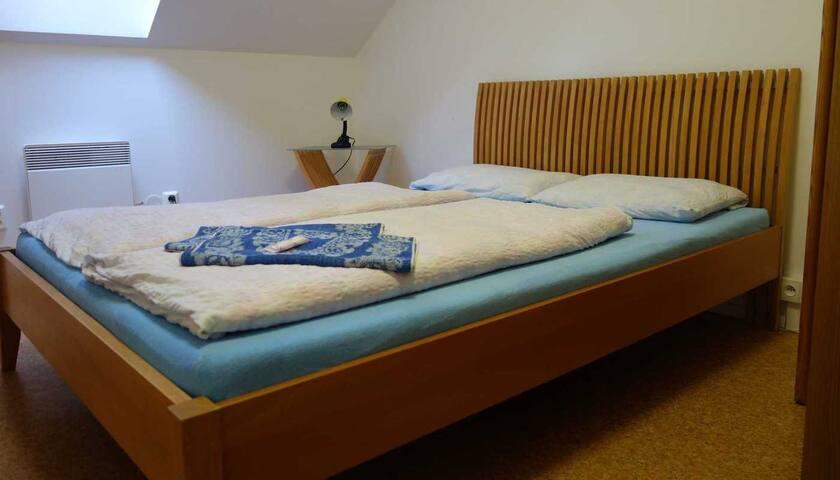 Penzion Jezero - Štítary - Bed & Breakfast