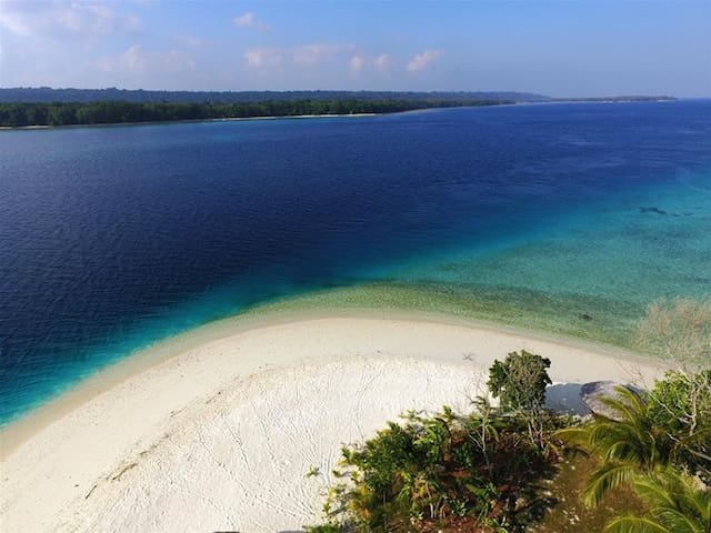 Castaway Private Island as on HGTV Island Hunters