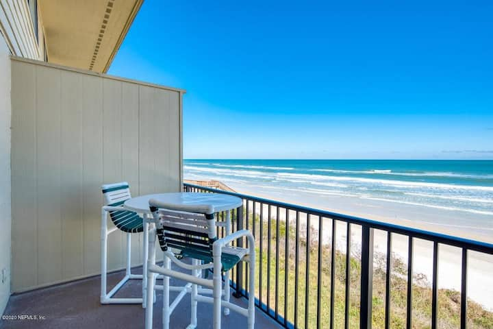 Summerhouse 363- Family Friendly direct oceanfront