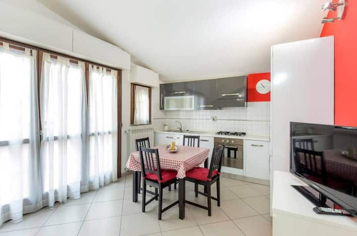 Comfortable flat nearby Boboli with parking space