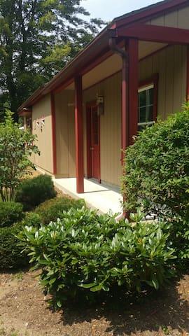 Cottage on Caltapha Tree Farm