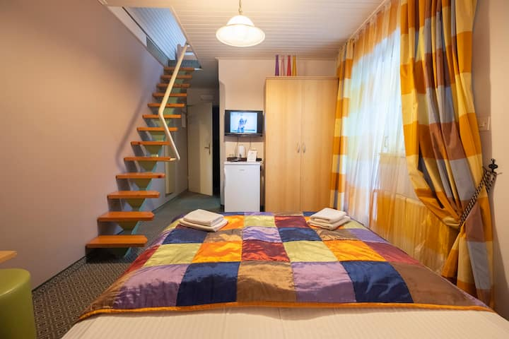 Penzion Park #5 - 4-beds room with balcony