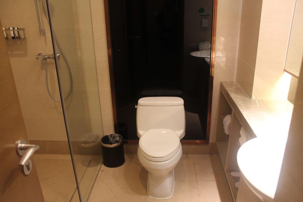 公寓卫生间