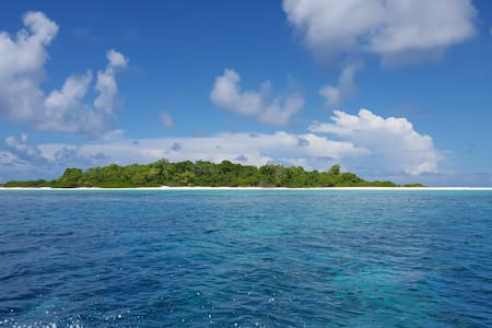 Explore Dhevvadhoo-experience island life