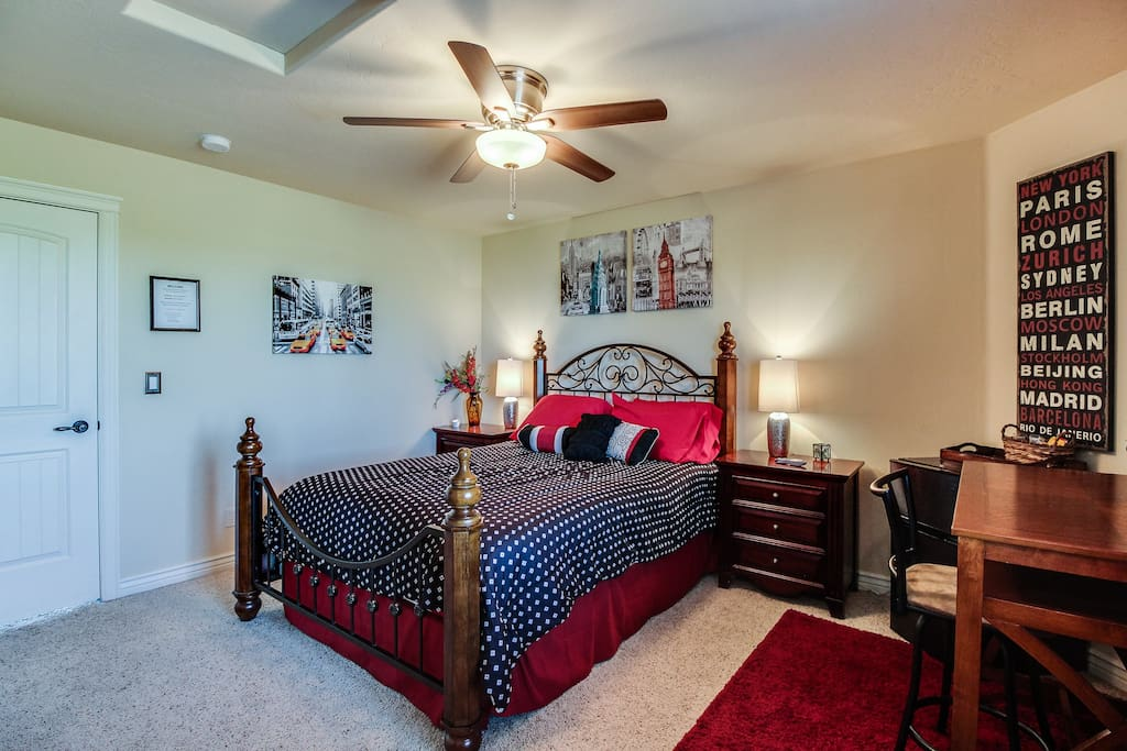 "Queen size bed pillowtop in great bedroom with 40"" flat screen TV, walk in closet, and mini fridge.  Lots of storage and desk for laptop with chair. High speed internet and cable with movie channels."