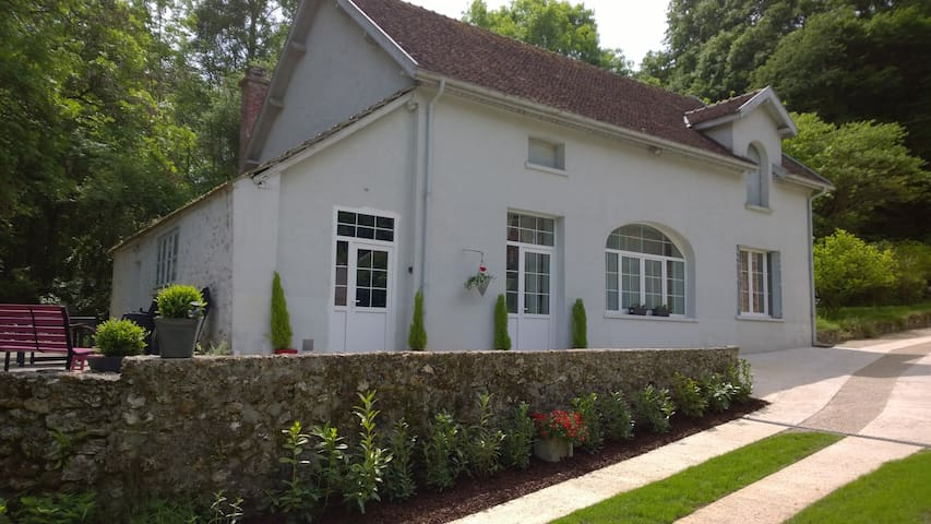 Maison Madeleine - Orbais-l'Abbaye - House