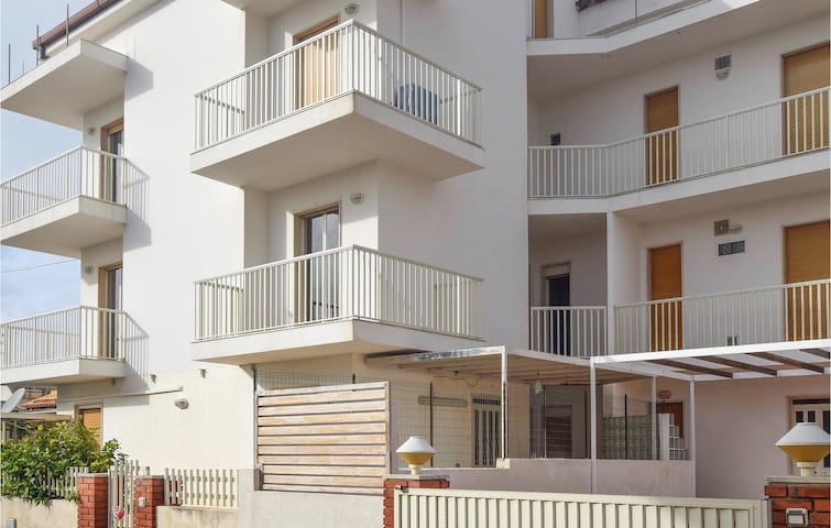 Holiday apartment with 2 bedrooms on 50m² in Marina di Modica