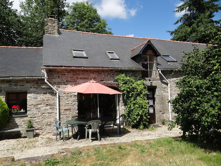 4 Bed 'Thomas' Gite set in a quiet rural location