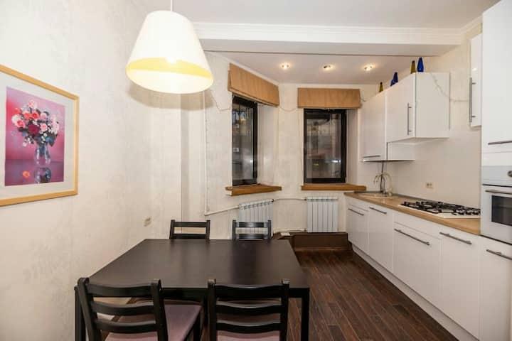Квартира целиком на Чистопольской