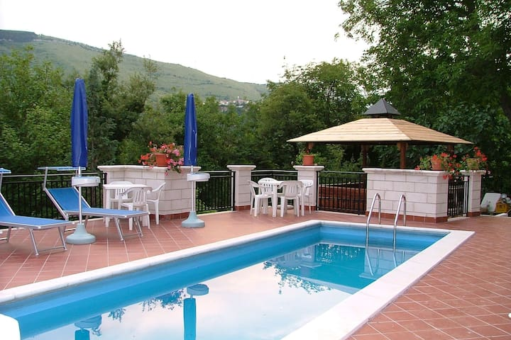 Apartment in castle with pool and views of the Majella Park and Lake Bomba