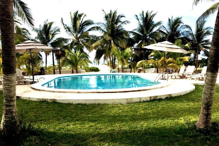 Hermosa villa frente al mar en Uaymitun Yucatán.