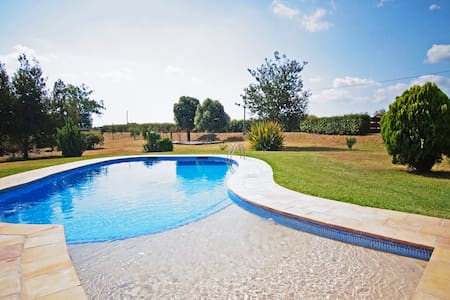 VILLA BRUGUERA Casa Rural 15 person - Campllong