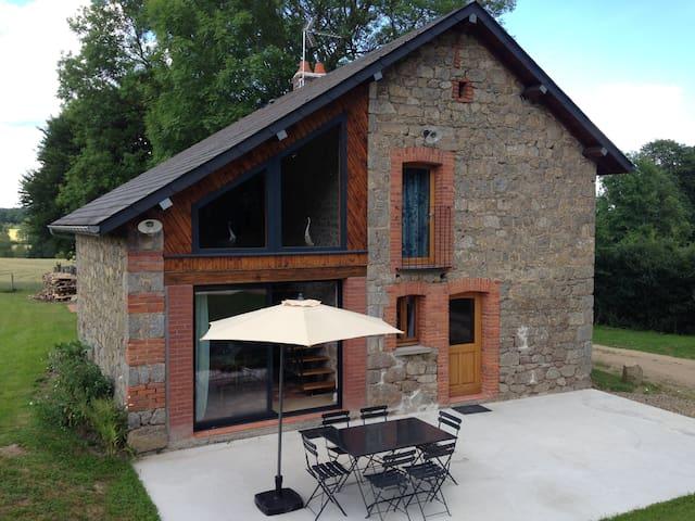 Charmante maison à la campagne - Condat-en-Combraille - Casa