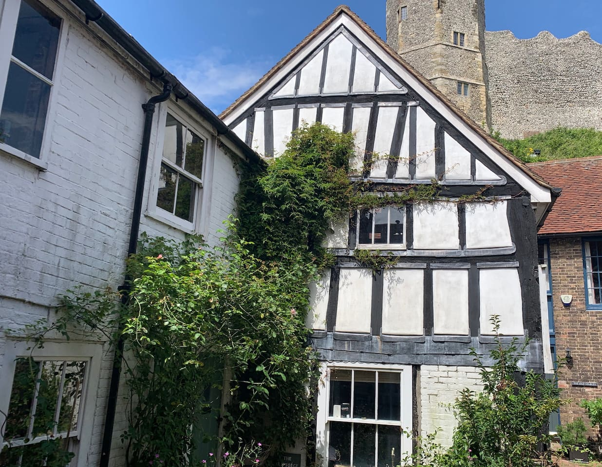 Stay in the shadow of Lewes Castle