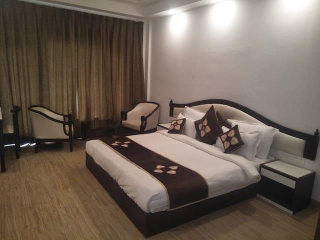 Hotel Kamakshi Grand Mussoorie