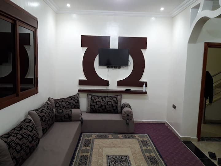 Equipped apartment in a quiet area near the sea