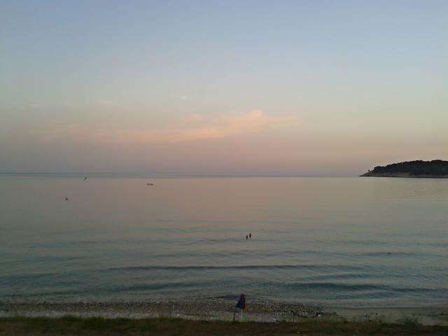 Βalcony in the clear waters! Μπαλκόνι -->βουτιά! - Kinira