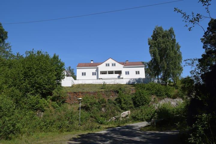 Kronprins Olavs Villa: Unique SC Hytte in Tysnes