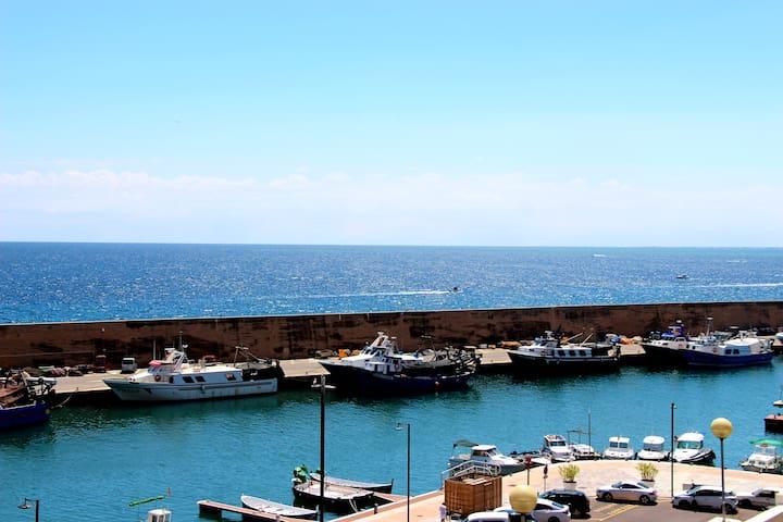 Loft en primera línea, vista al mar, wifi