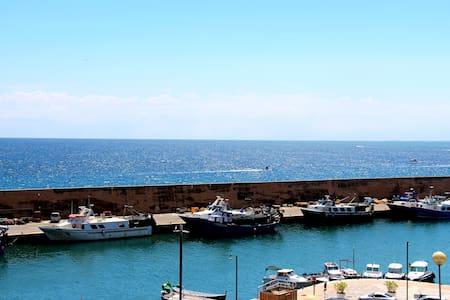 Loft, 1er ligne, vue mer, wifi, climatisation