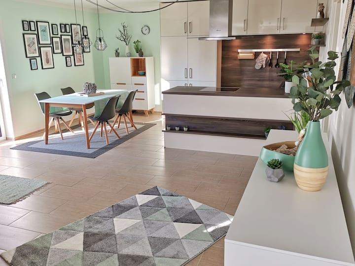 Schöne Moderne Ferienwohnung in Bad Camberg (80qm)