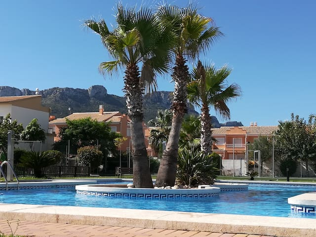Un atico de 80 m² avec vue sur mer et montagne