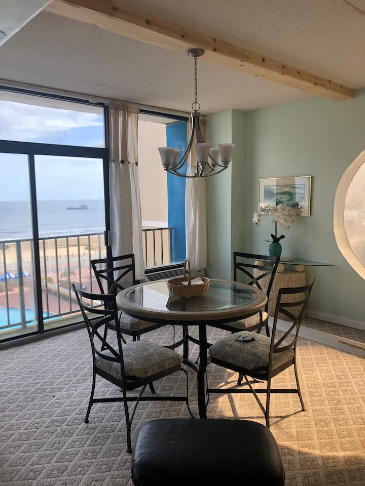* Penthouse on Atlantic Ave* 2bdrm