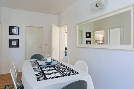 Villa Hedonica Apartment 4* - Žaborić