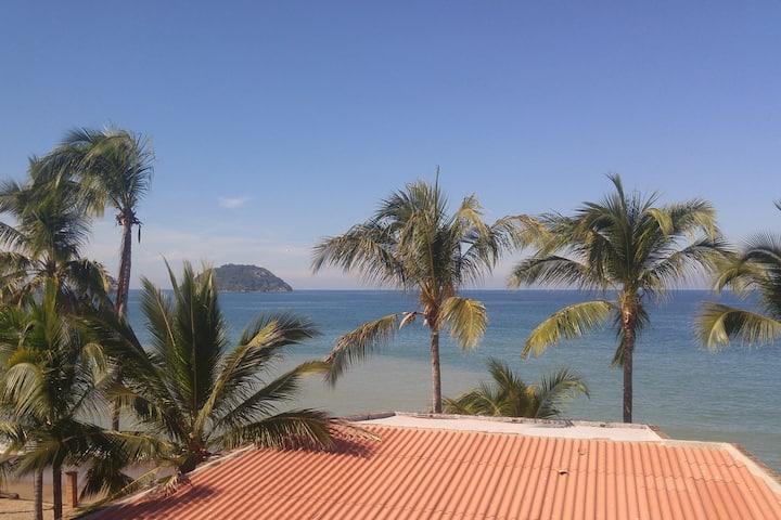 Seaside vistas  @ La Esquina Perezosa
