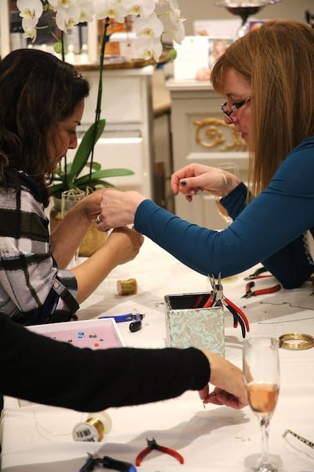 Designer teaching her technique