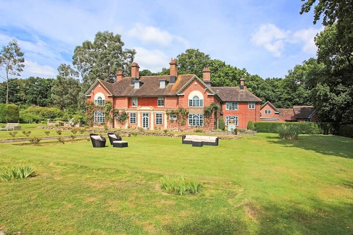 Peanswood Country Manor - Robertsbridge - Villa