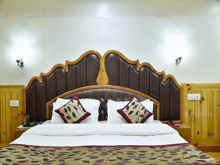 Super Deluxe Room at Hotel Chaman Palace