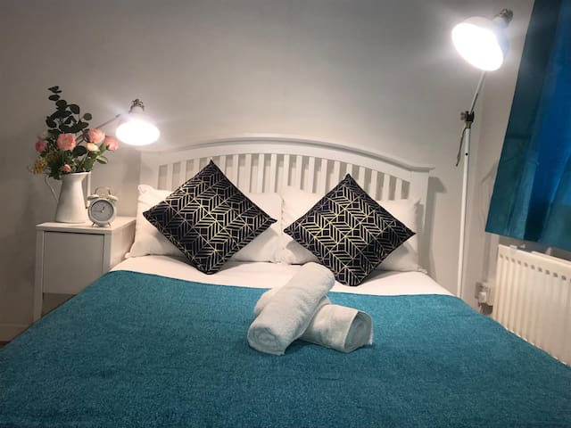 Beautiful cosy room in Borough and London Bridge