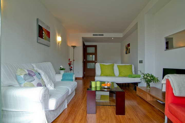 MODERN APARTMENT, WIFI. - Sitges - Apartment