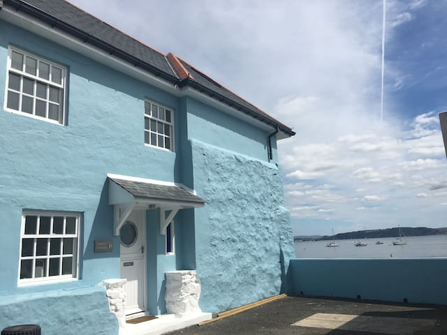 Beach house, stylish luxury getaway, Cornwall - Kingsand - Hus