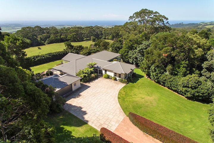 Huge, Luxe home on 8 acres of gardens - 15 gsts