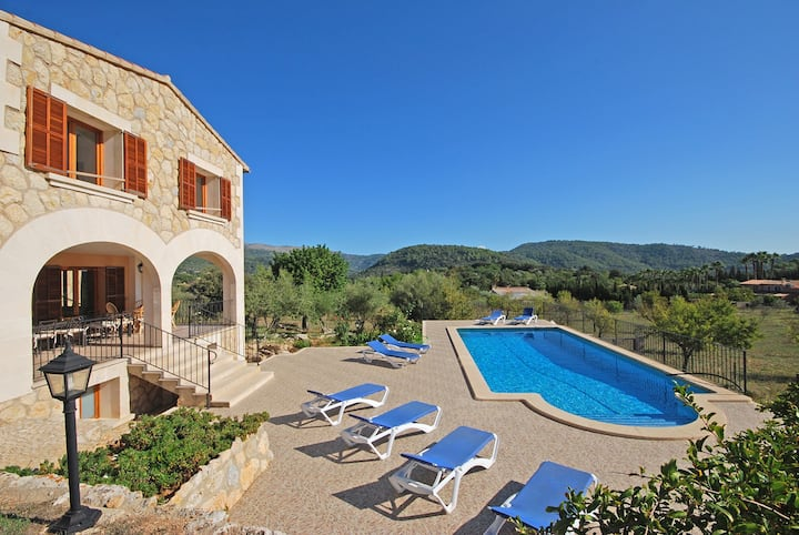 Country house for 10 people with private swimming pool, SES ROTES