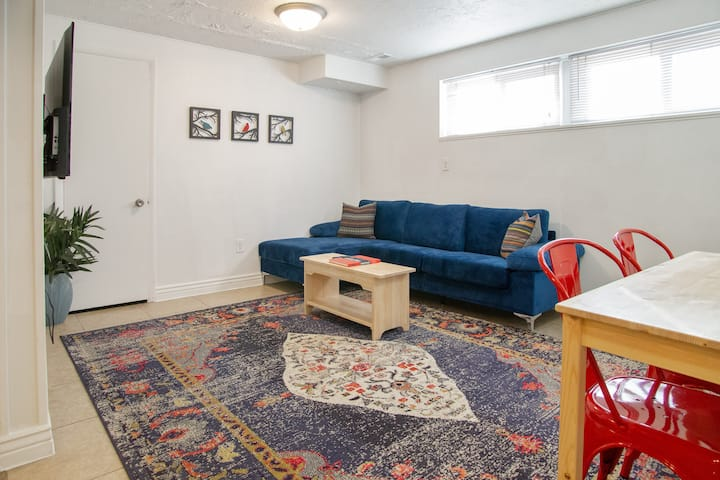 Boho Basement Apt 2BD/1BA Walking distance to UVU!