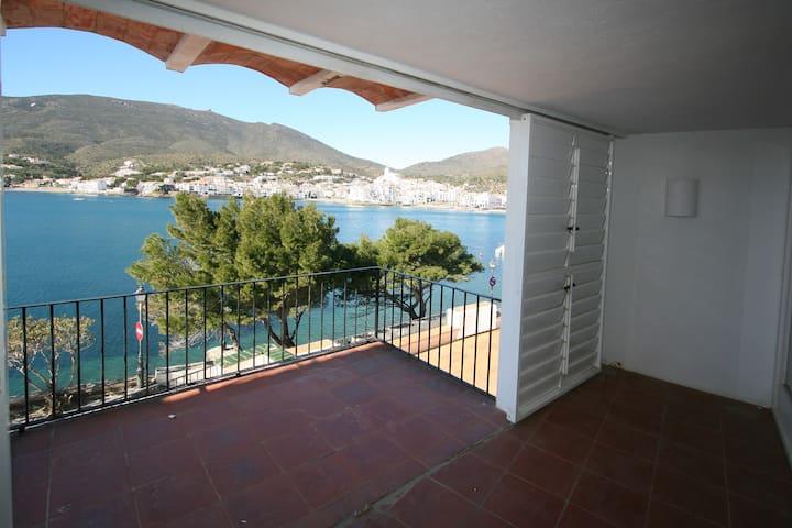 Gran apartamento 1era linea de mar con vistas