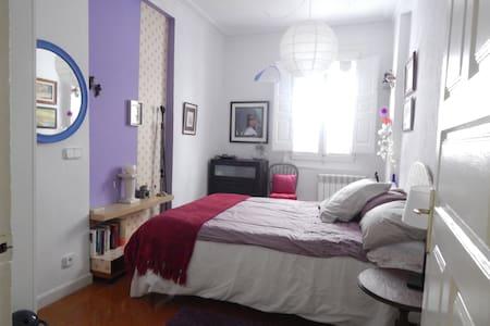 Cosy room for 2 Casco Viejo, Bilbao - Lägenhet