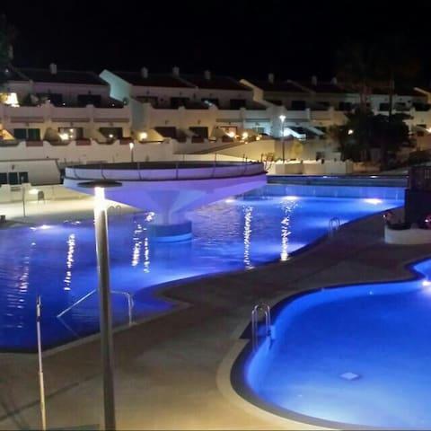Confort y elegancia - Costa del Silencio, Canarias, ES - Pis