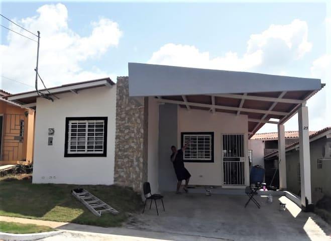 Casa acogedera para huéspedes