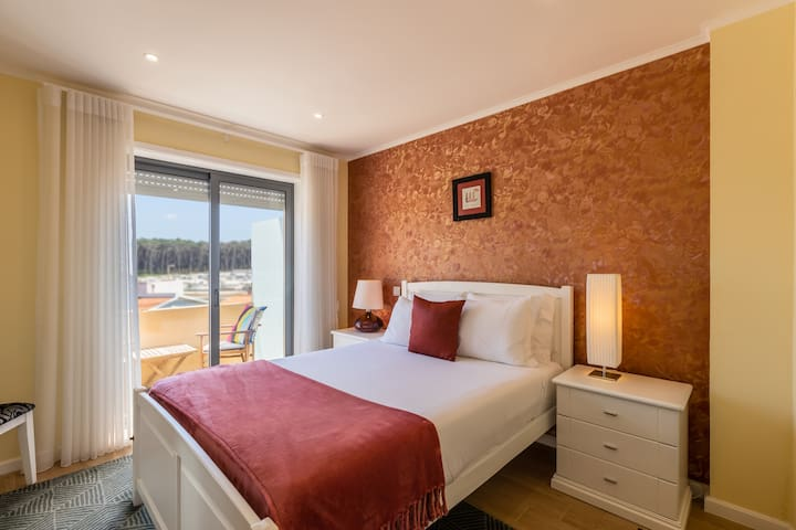 Bedroom with Double-Bed, Wardrobe and Balcony