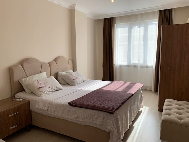 8 Bright & cosy apartment, suitable for long stays