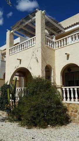 Habitación matrimonio en Villa - Monforte del Cid - Villa