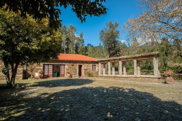 Deville Luxury Retreat Villa Espigueiro