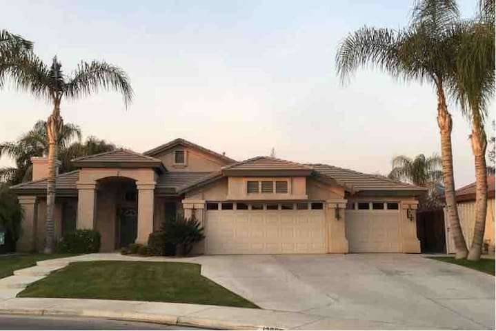 Modern 3 bedroom 2 bath with a pool in the NW!