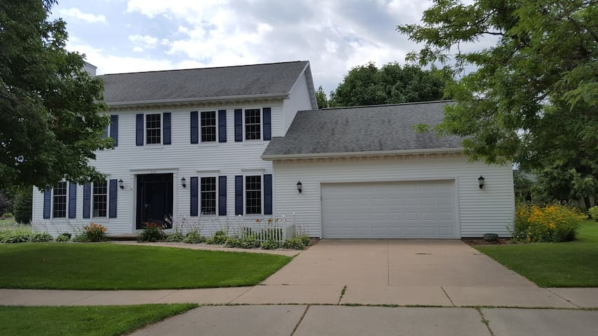 EAA - Entire Home for rent